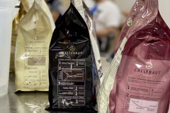 Torte glassate nei 5 colori del cioccolato - Elle&Elle